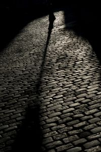 shadow-of-a-streetlight-1195186-m